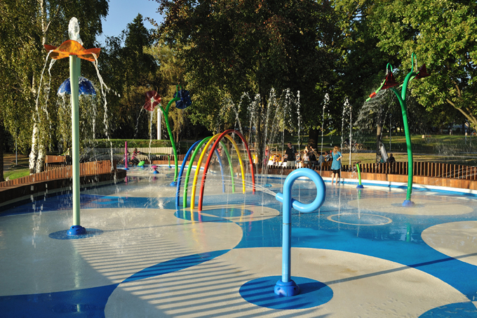 Water Parks Inputs Wanted For Splash Pad Slip Resistance
